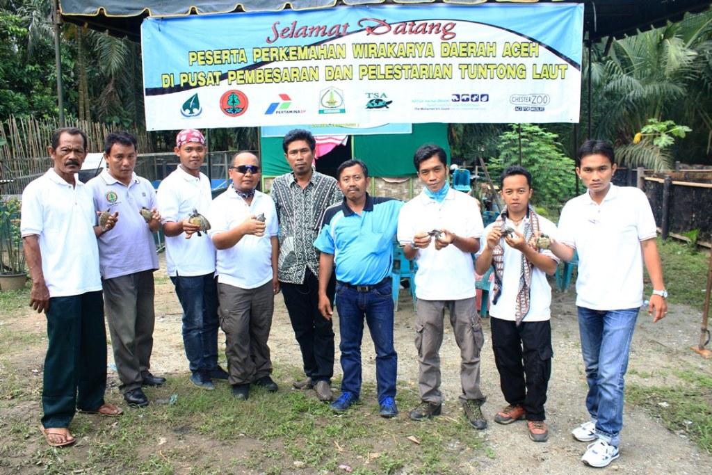 staff of Satucita Foundation and BKSDA Aceh
